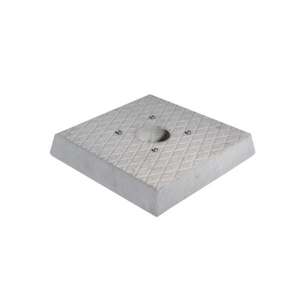 42/BSC/1: Base in cemento quadrata